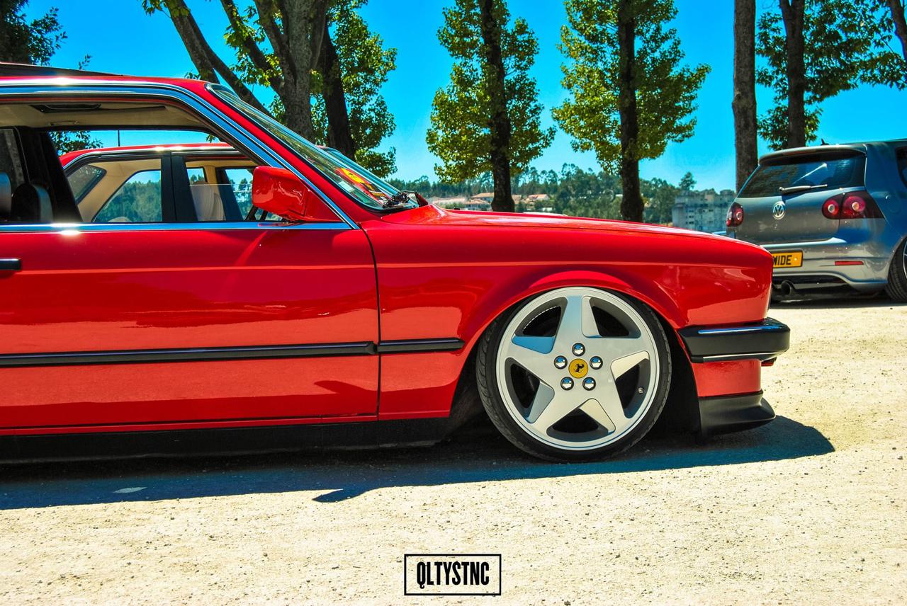 Une BMW E30 chaussée en Ferrari ! 4