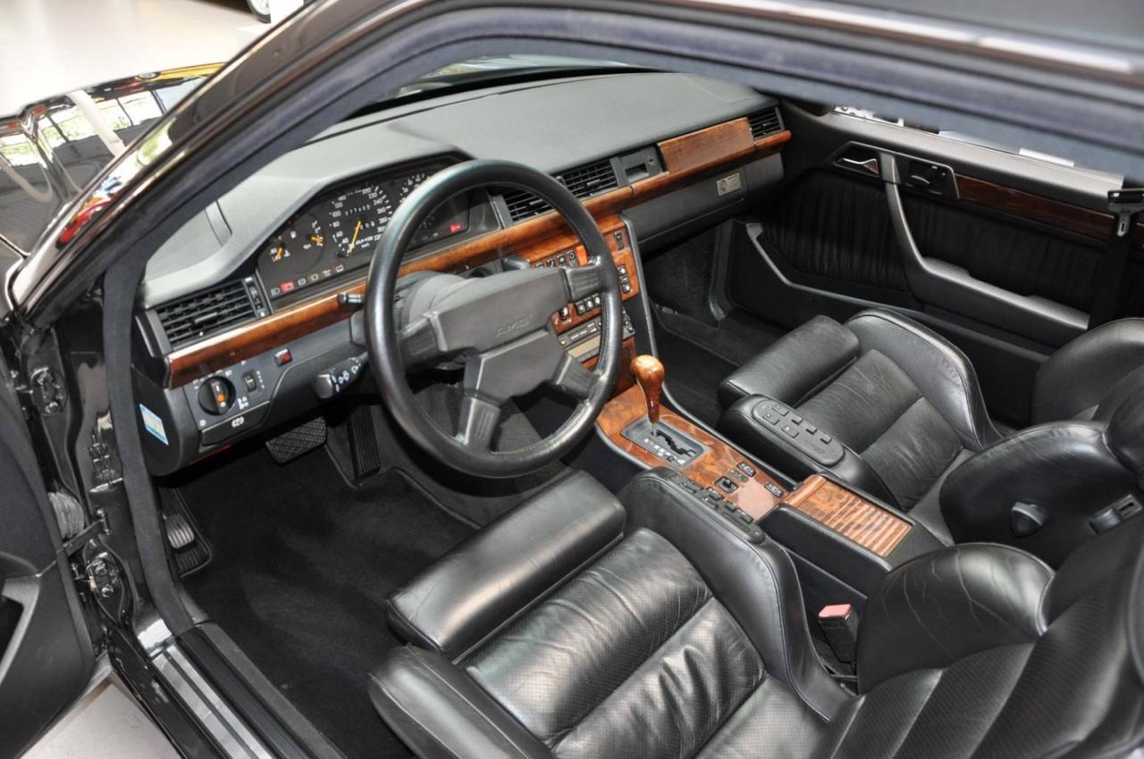 Mercedes 300CE 6.0 AMG Hammer... On va meubler ! 4