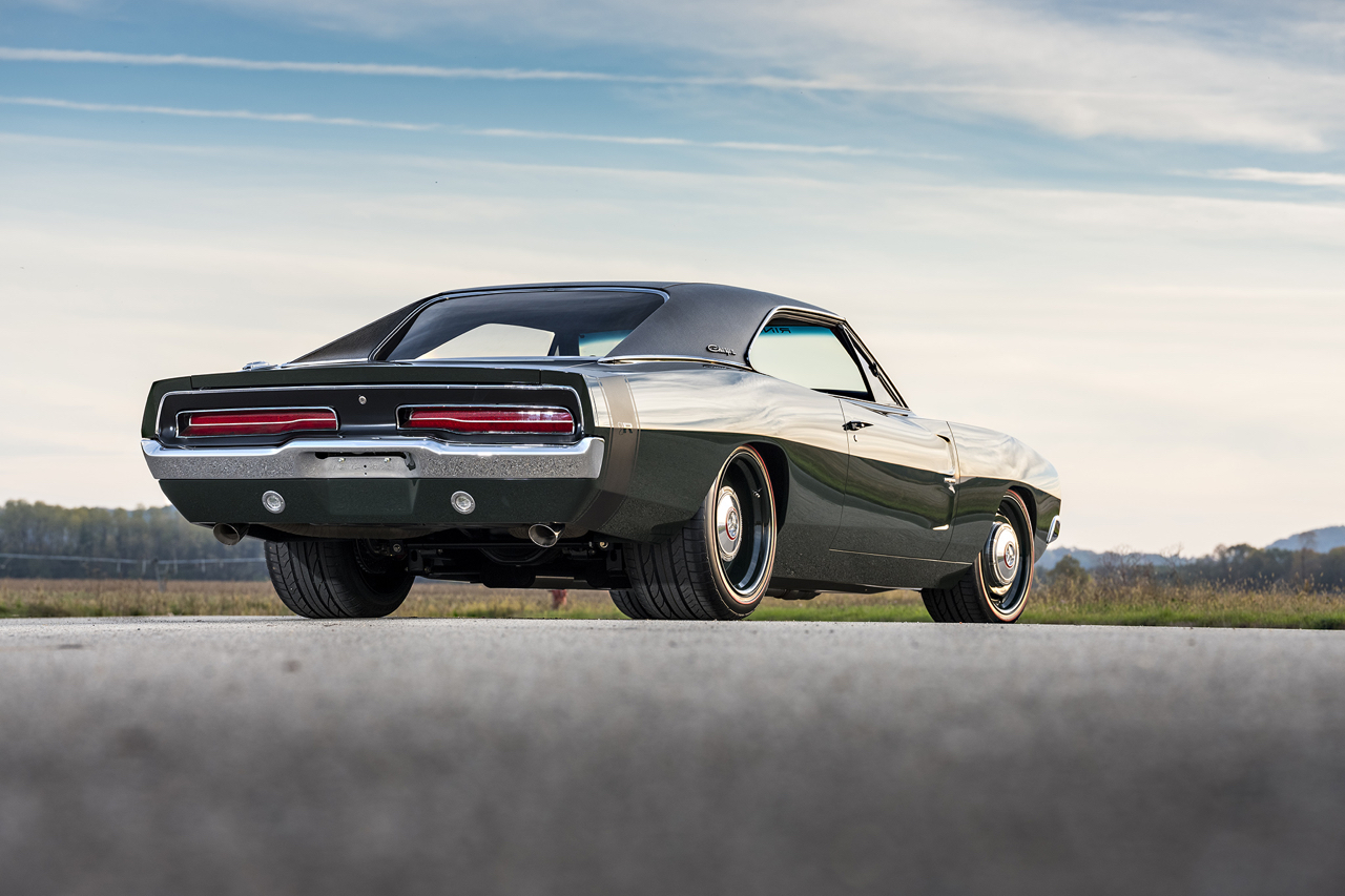 "'69 Dodge Charger ""Defector"" : Signée Ringbrothers... 8"