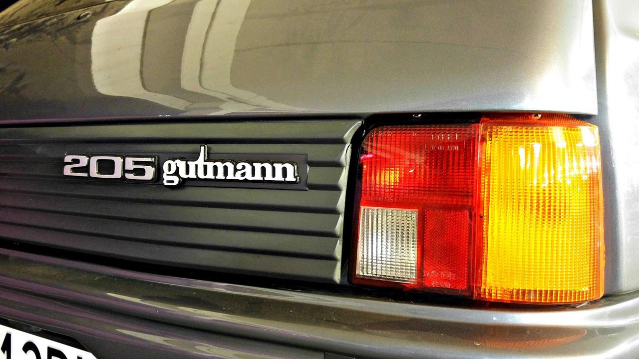 Peugeot 205 GTi Gutmann - Sportive à la carte pour collector certifié ! 1