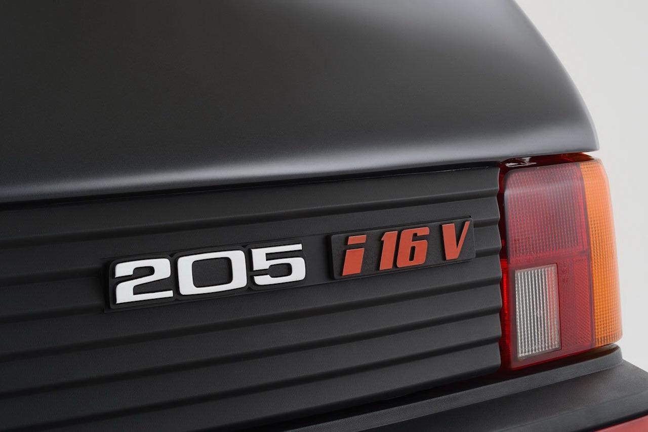 Peugeot 205 GTi Gutmann - Sportive à la carte pour collector certifié ! 11