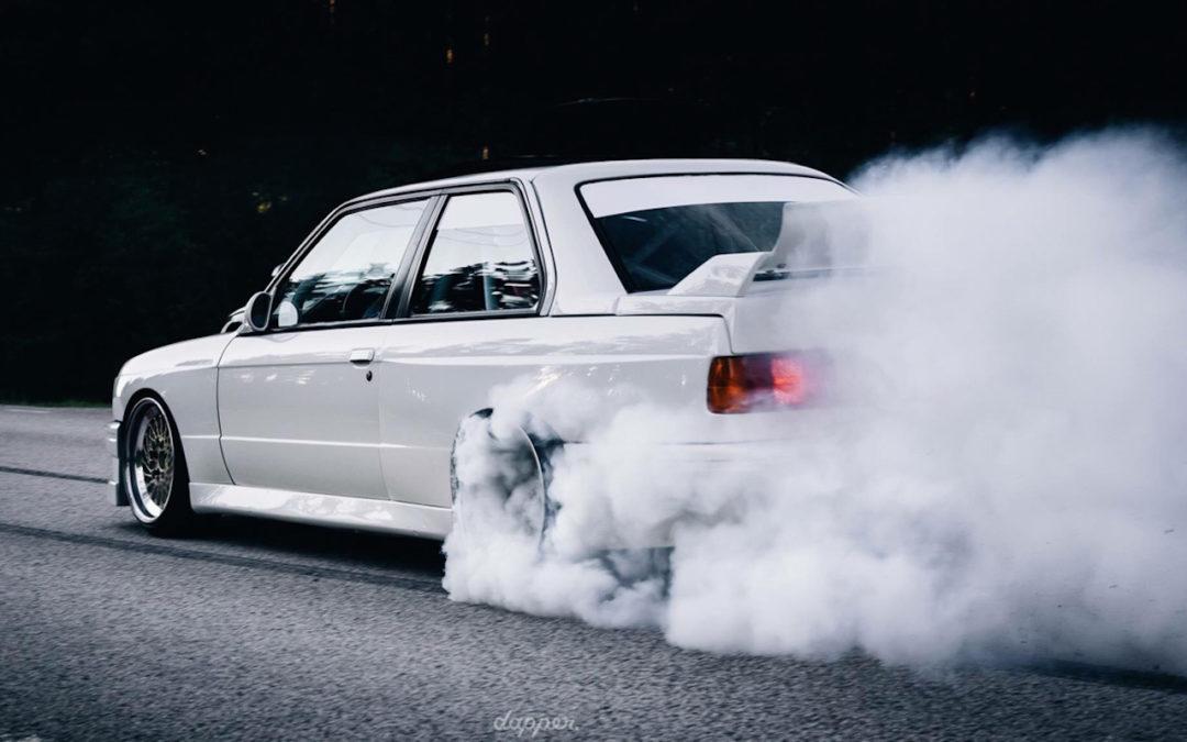 BMW M3 E30… Turbo ! Est ce que mieux c'est pire ?!