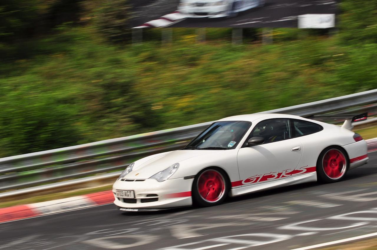 D'la Porsche sur le Nürb... 2
