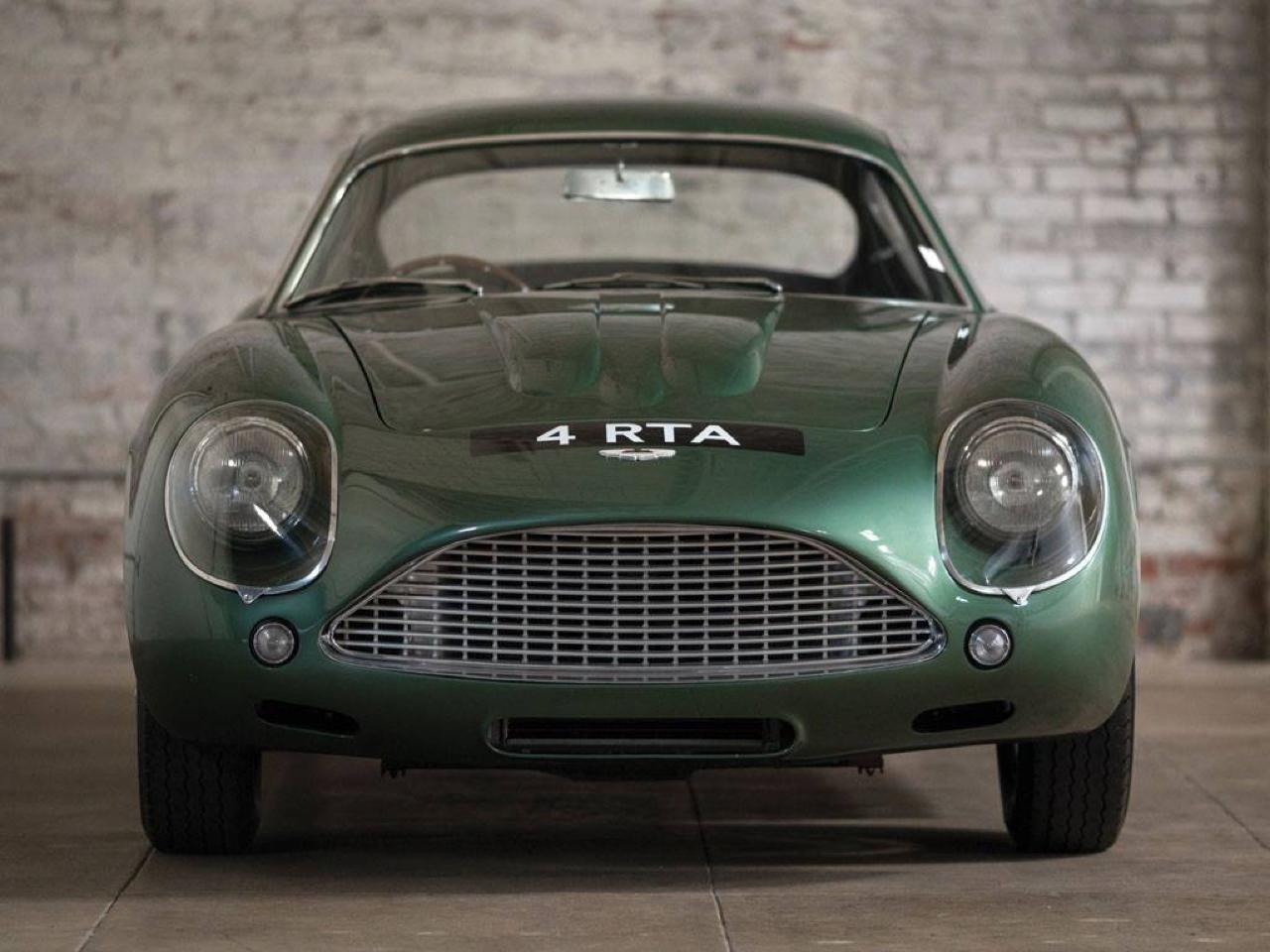 Aston Martin DB4 GT Zagato - Mangeuse de Ferrari ! 1
