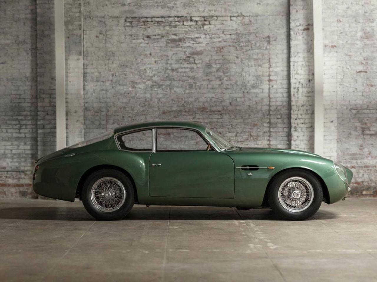 Aston Martin DB4 GT Zagato - Mangeuse de Ferrari ! 4