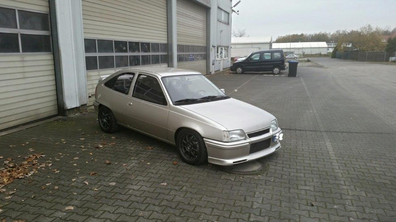 Plus de 1000 ch dans une Opel Kadett ! Tout va bien... 6