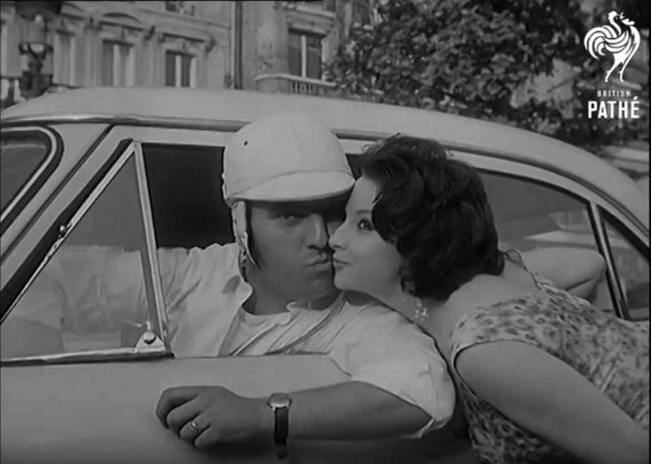 Drift sur les Champs Elysées... Où est la DeLorean ?? 20