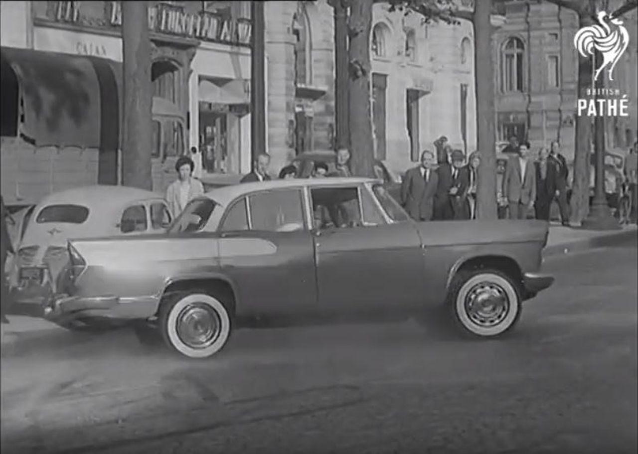 Drift sur les Champs Elysées... Où est la DeLorean ?? 16