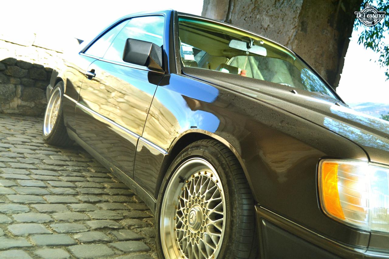 Mercedes 300 CE-24 : Gilles et la gitane ! 64