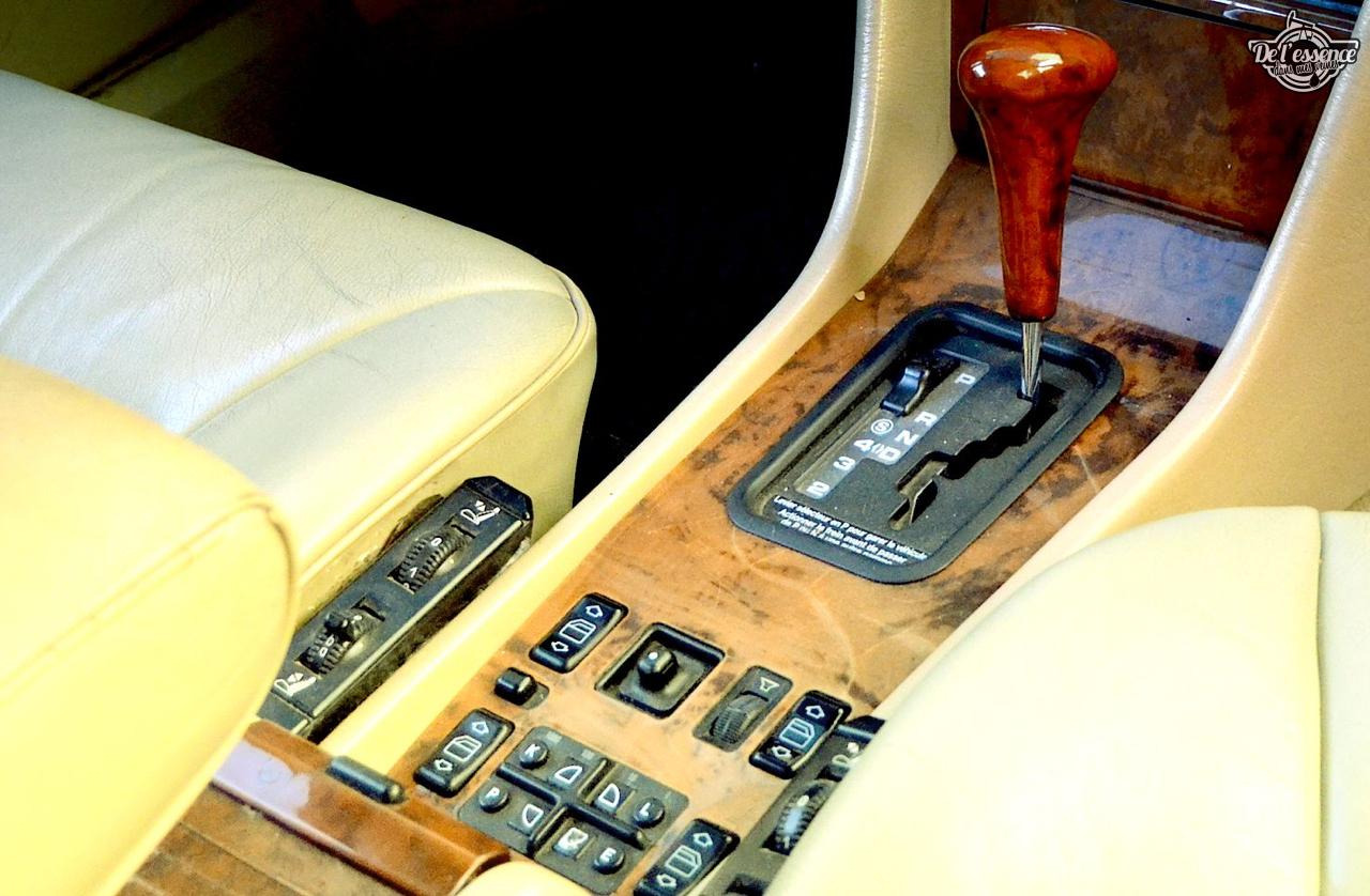 Mercedes 300 CE-24 : Gilles et la gitane ! 58