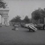 Drift sur les Champs Elysées… Où est la DeLorean ??