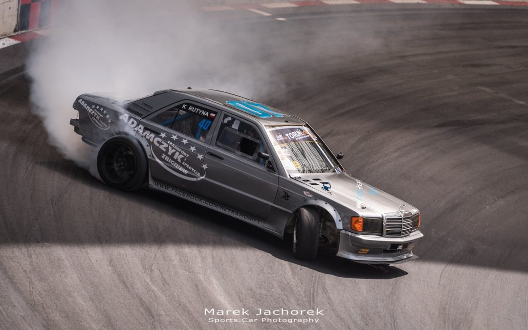 mercedes 190 drift
