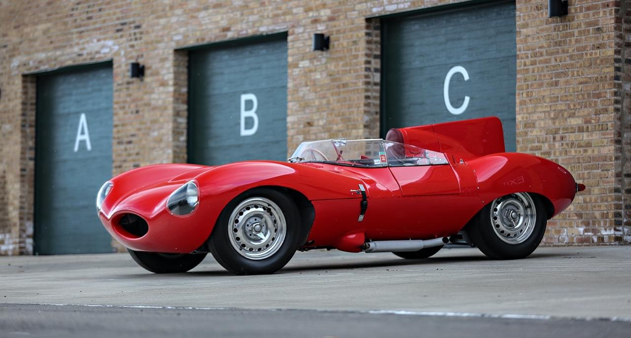 Jaguar Type D : The big red cat ! 1