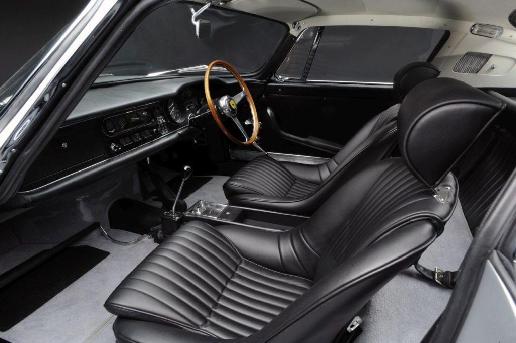 Ferrari 275 GTB – Concerto pour 12 cylindres 28