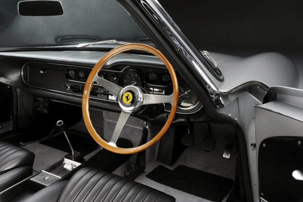 Ferrari 275 GTB – Concerto pour 12 cylindres 29