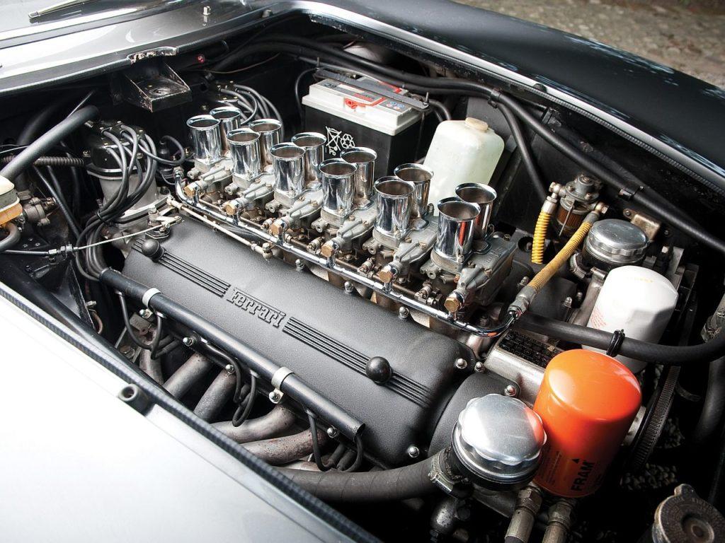Ferrari 275 GTB – Concerto pour 12 cylindres 25