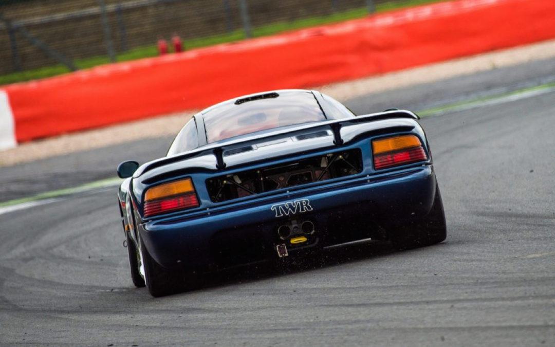Best Motoring : Battle au sommet – F40, Ruf, XJR-15, Viper…
