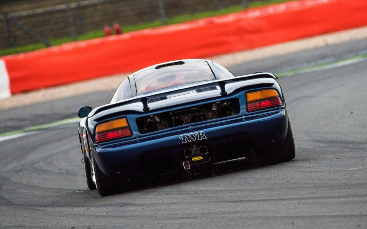 Best Motoring : Battle au sommet - F40, Ruf, XJR-15, Viper ...
