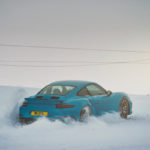"Porsche 911 Turbo S - ""King of the Hill"" : Une voiture dans la neige !"