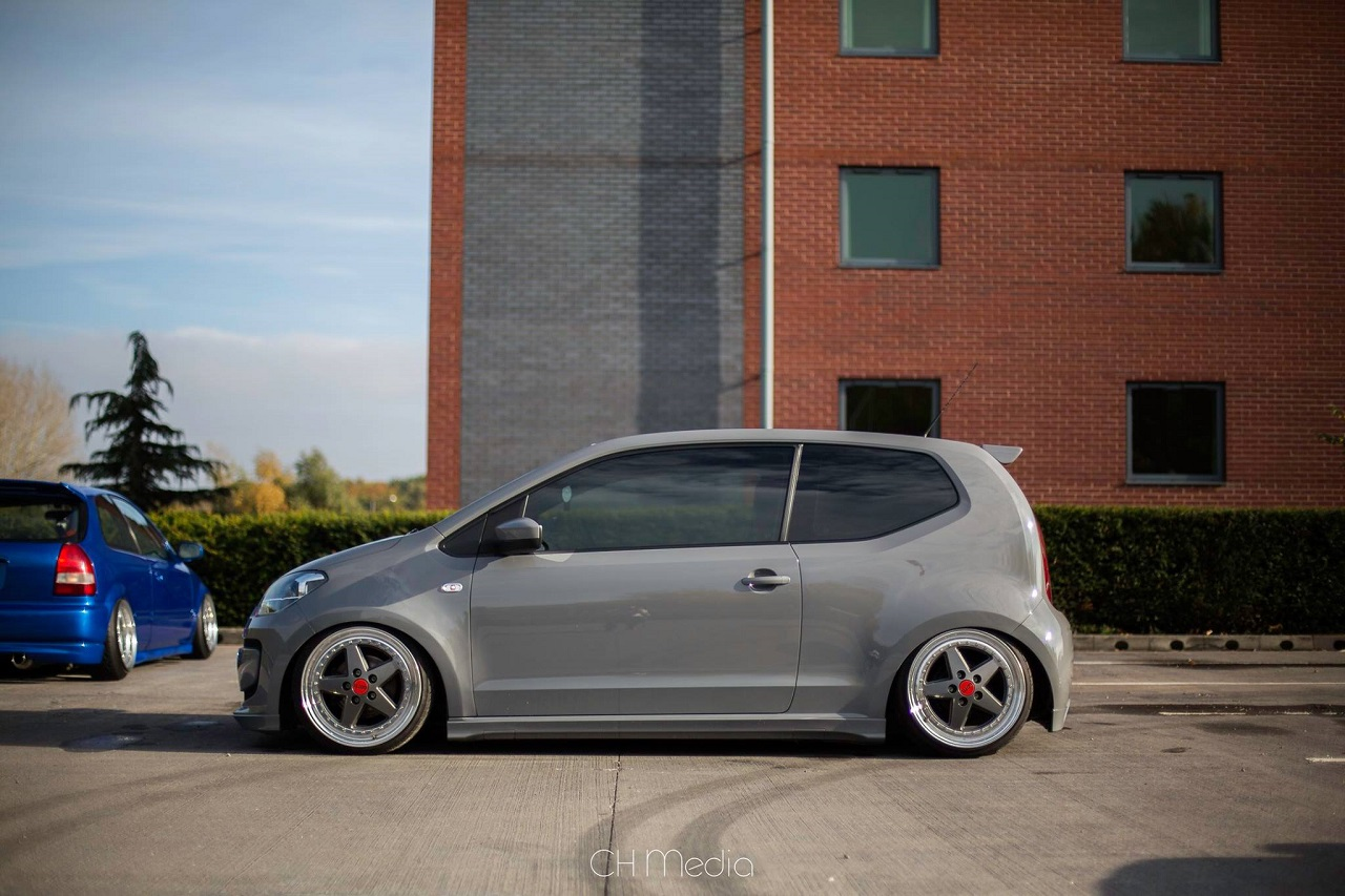 Slammed VW Up... And Down ! 10