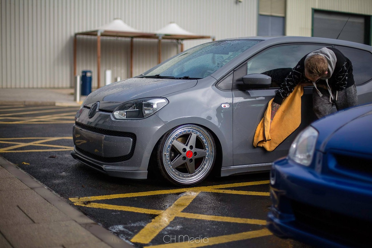 Slammed VW Up... And Down ! 9