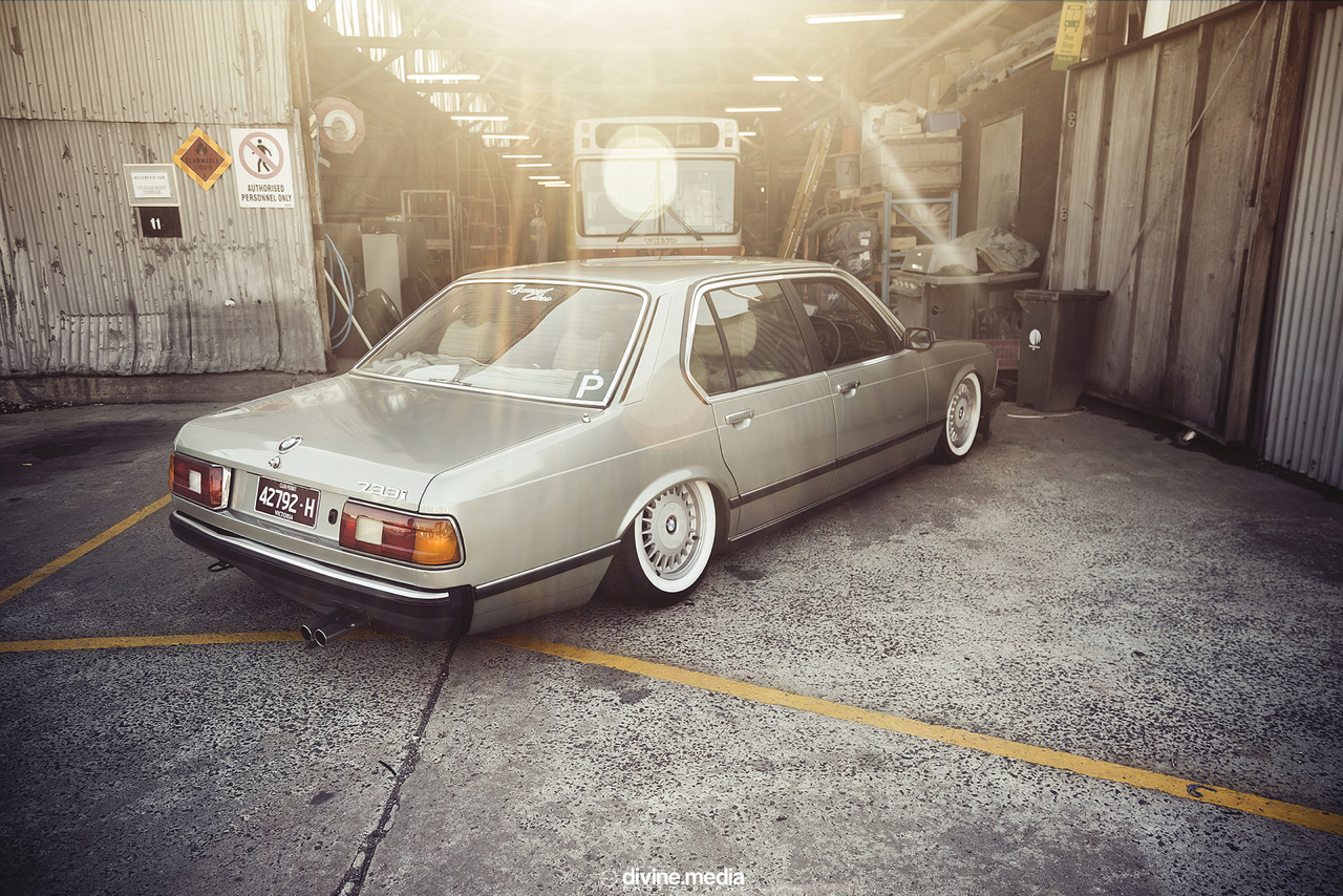 Bagged BMW 733i E23 - Youngtim'air ! 40