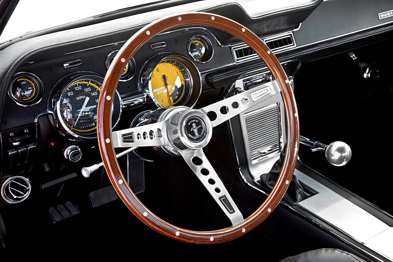 Ford Mustang Fastback '67 - De la restau' au custom... 46