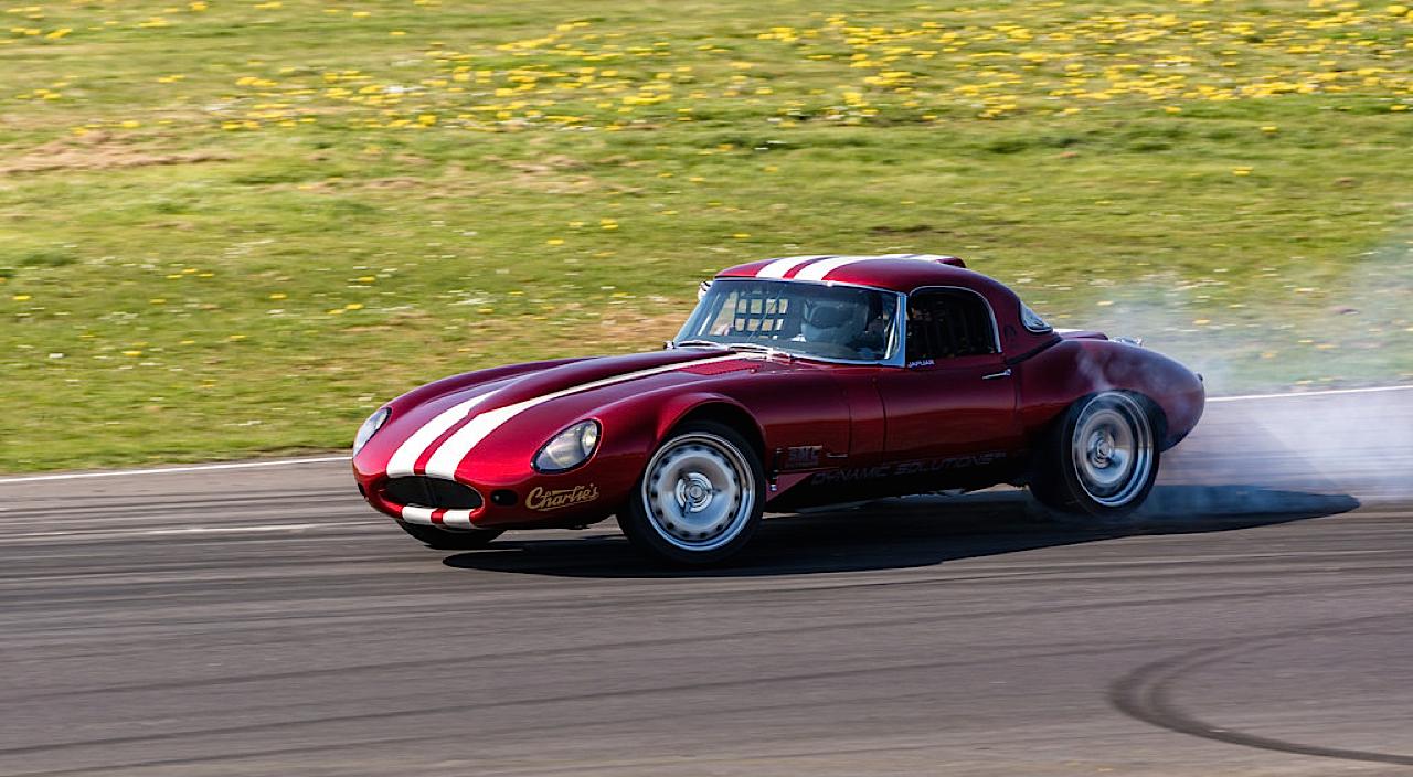 '66 Jaguar Type E - Avec un 1JZ ça glisse mieux ! 41