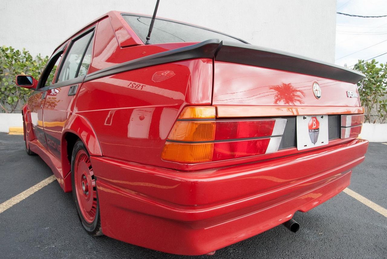 Alfa 75 Evoluzione - Tutta Rossa... Veramente Italiana ! 27