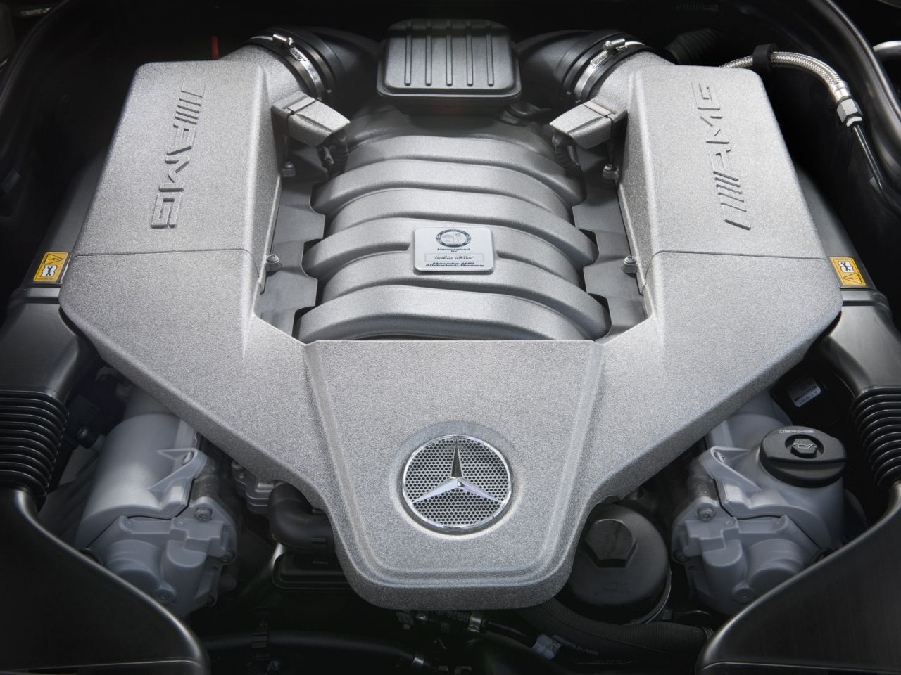 Engine Sound - Mercedes C63 AMG Black Series : Casser la voix 29