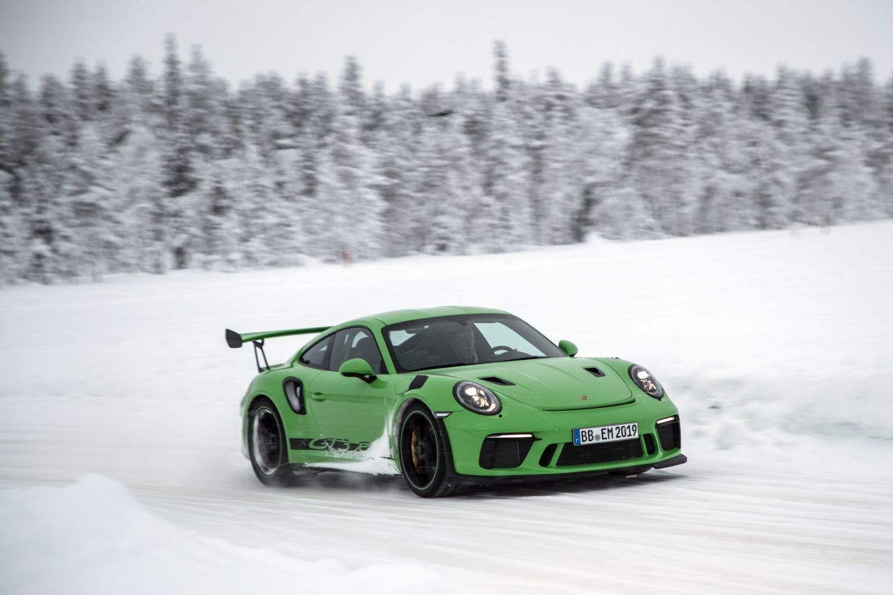 Porsche 911 GT3 RS - Patinage flatsistique 15