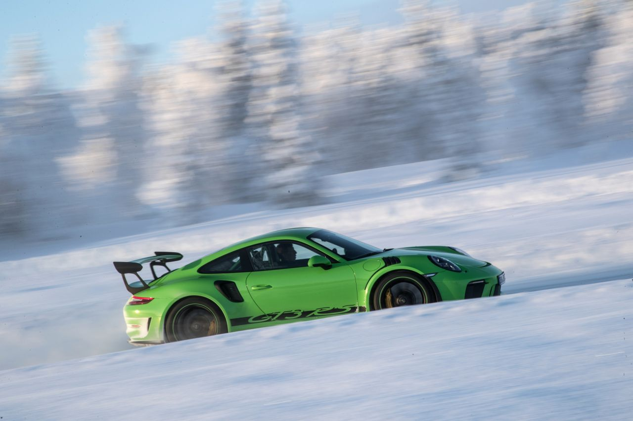 Porsche 911 GT3 RS - Patinage flatsistique 16