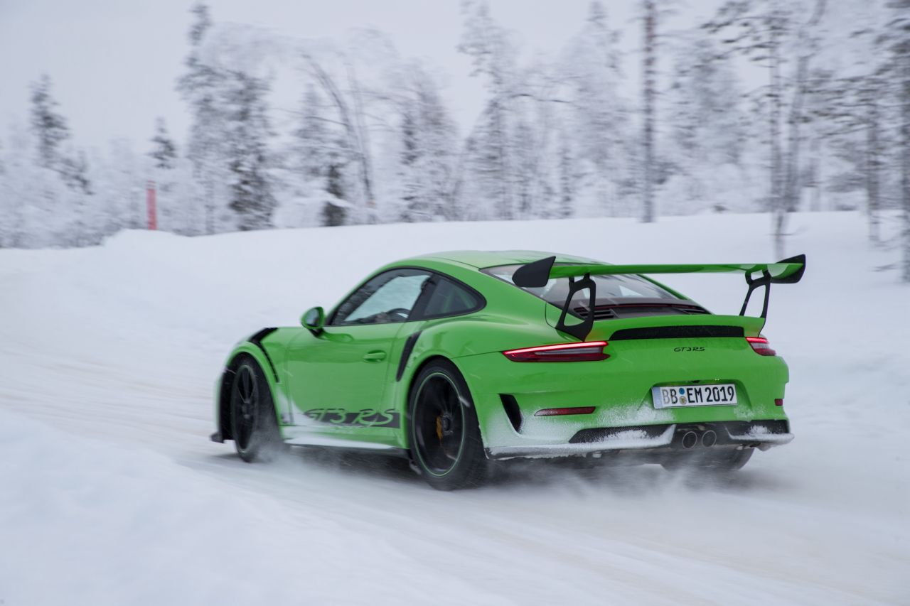 Porsche 911 GT3 RS - Patinage flatsistique 17