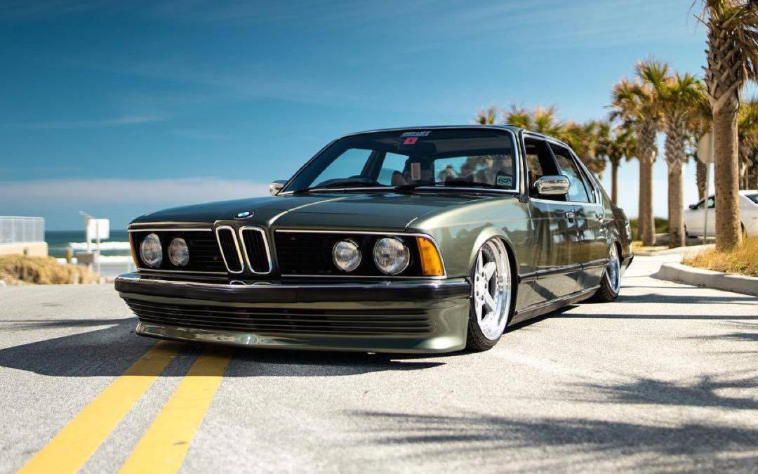 Bagged BMW 735i E23… Drogue d'air !