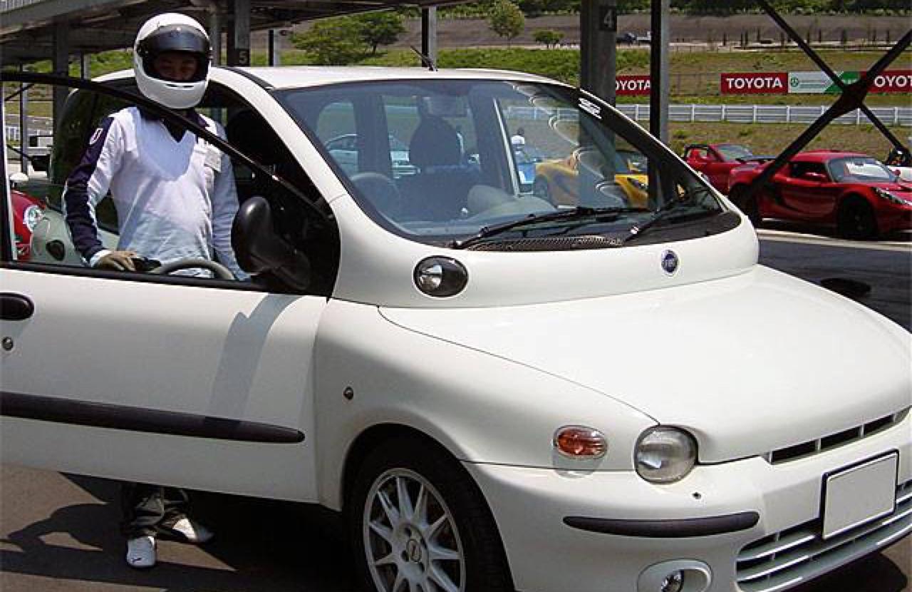 Fiat Multipla... La meilleure caisse du monde ?! 36