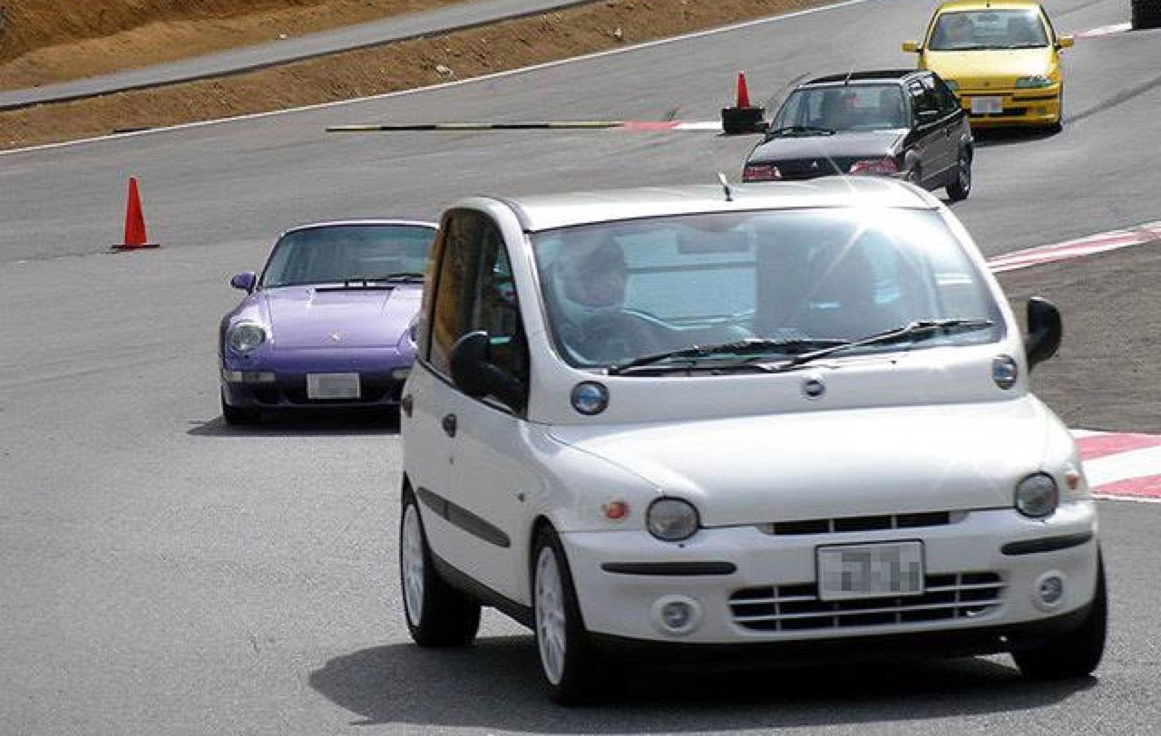 Fiat Multipla... La meilleure caisse du monde ?! 35
