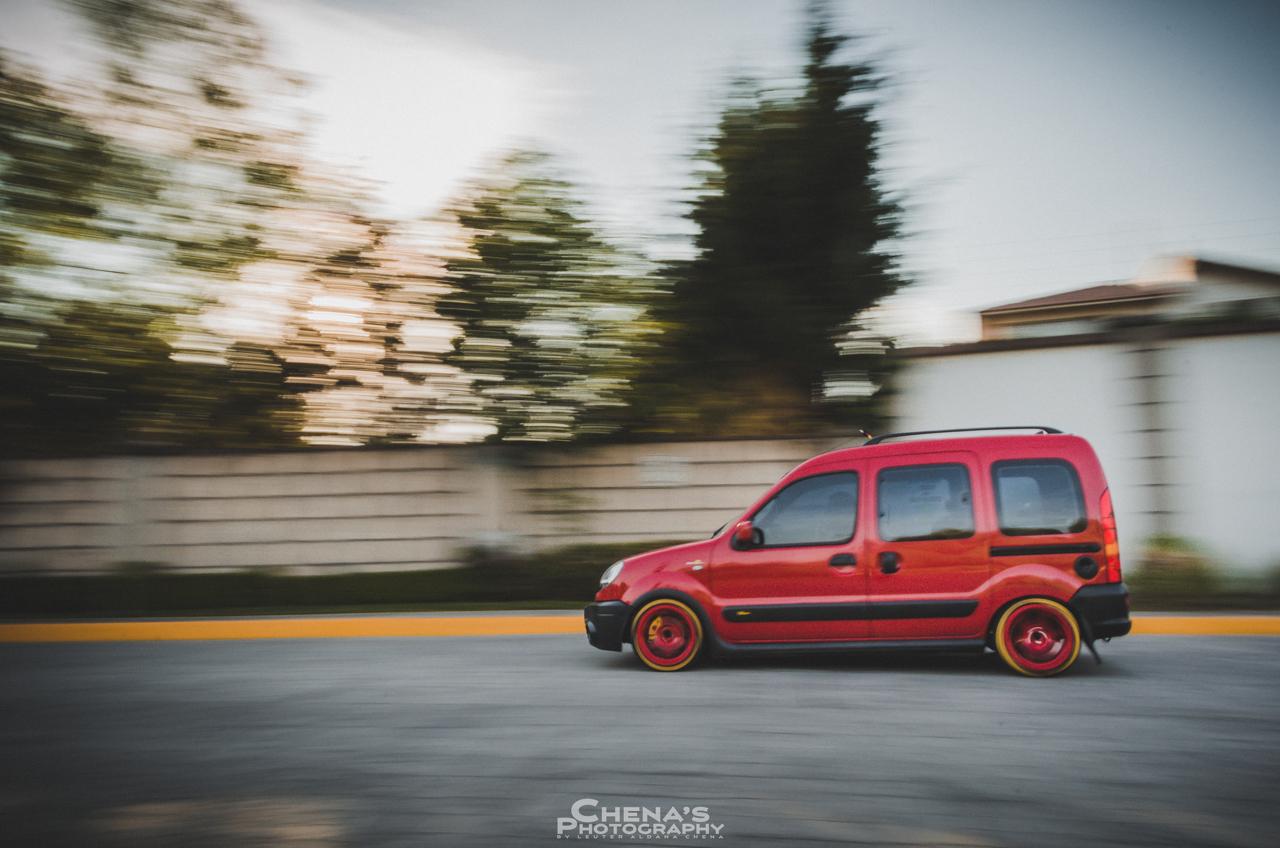 Renault Kangoo... Hééé ouais ! 1