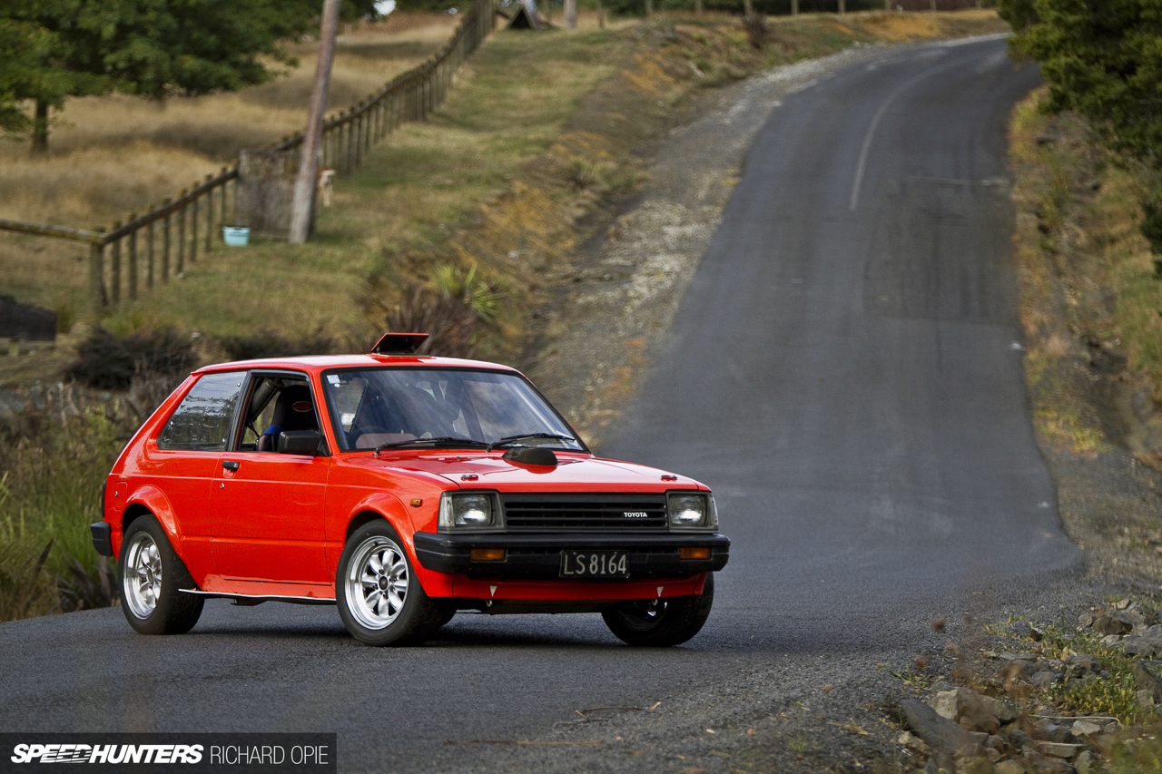 Hillclimb Monsters : Toyota Starlet KP61 Hayabusa - The Monster 12