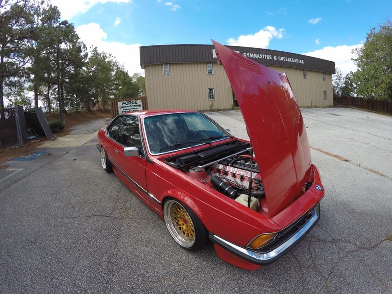 BMW M635 E24... Rouge tendance ! 22