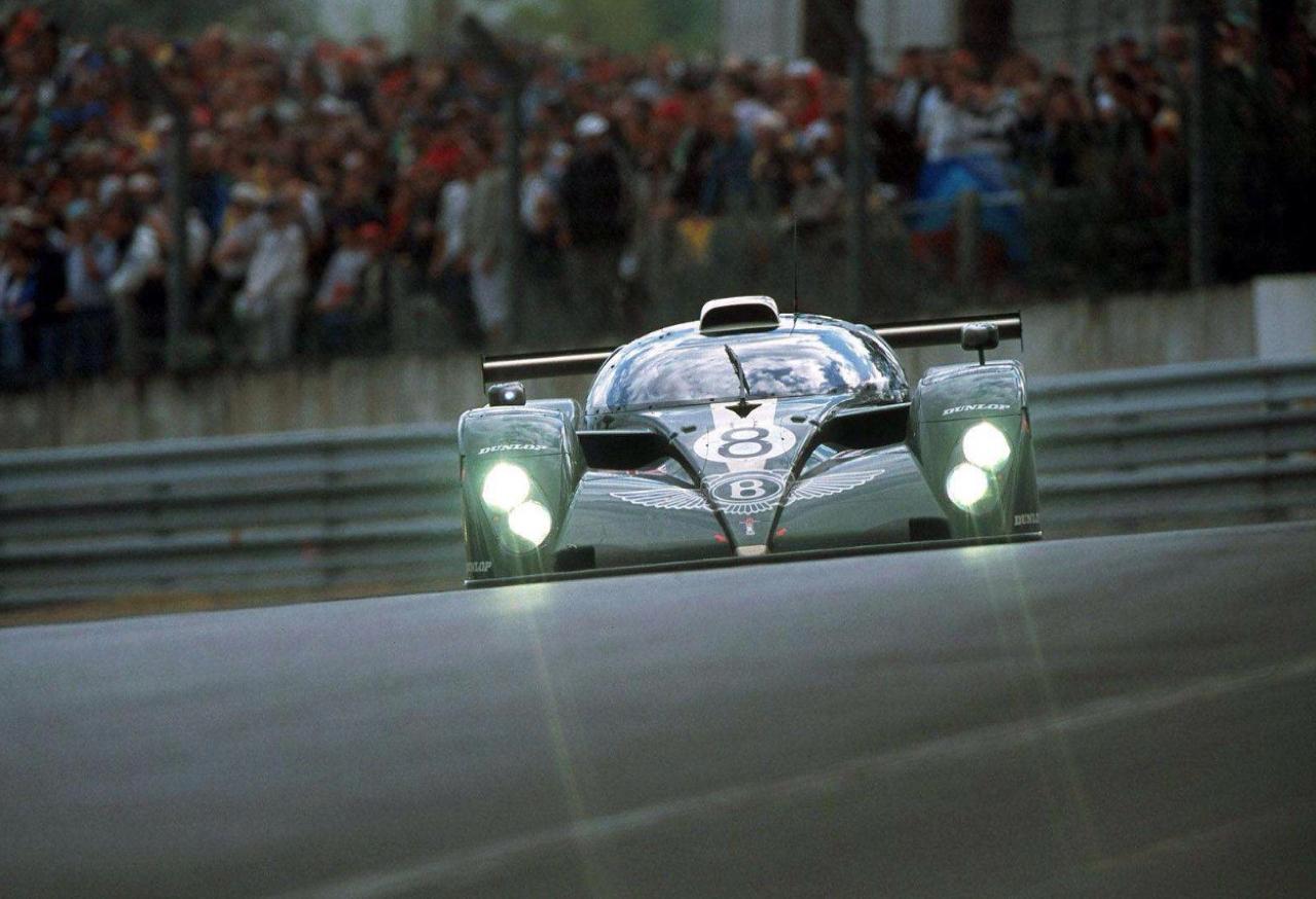 Engine Sound : Bentley Speed 8 - 3 années pour 1 victoire ! 36