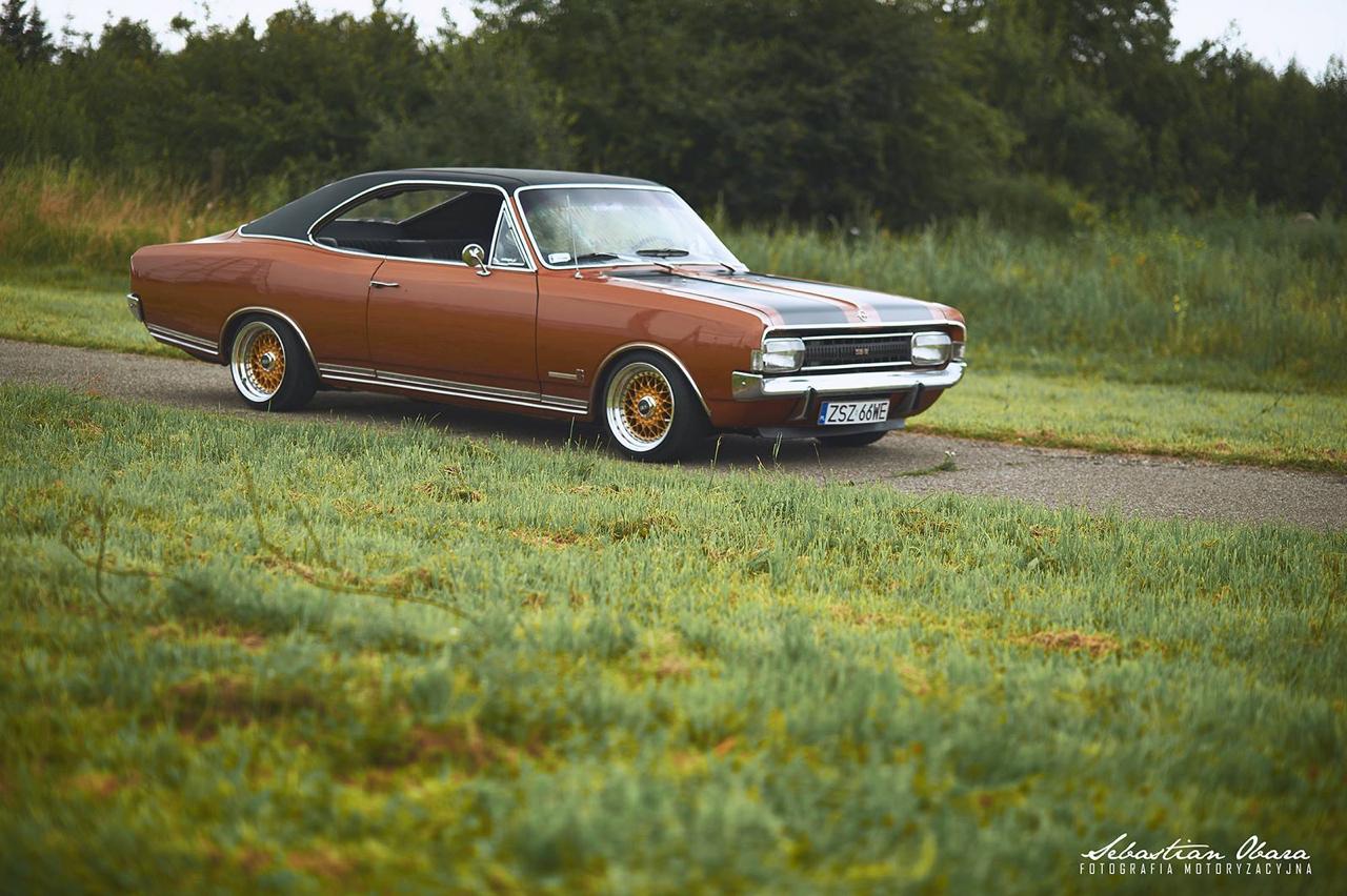 '70 Opel Commodore GS/E coupé... Amélioré ! 8