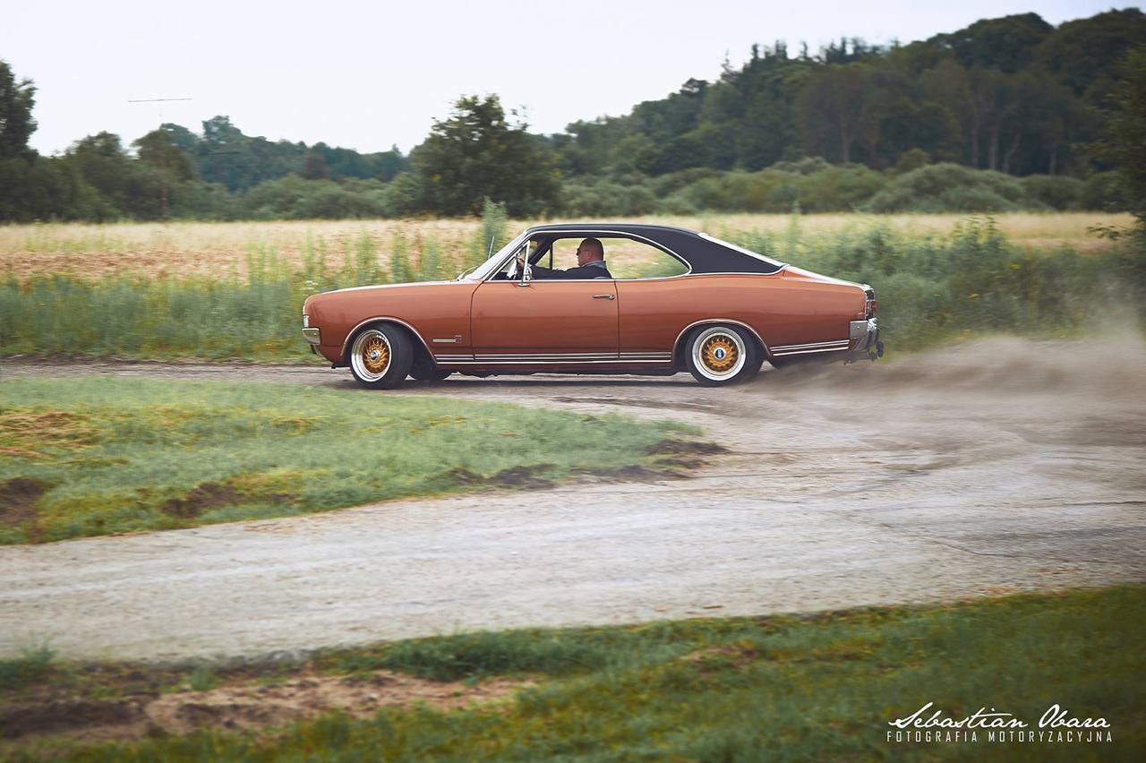 '70 Opel Commodore GS/E coupé... Amélioré ! 12
