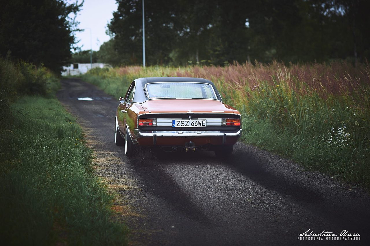 '70 Opel Commodore GS/E coupé... Amélioré ! 11
