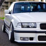 Slammed BMW E36 – Black & White !