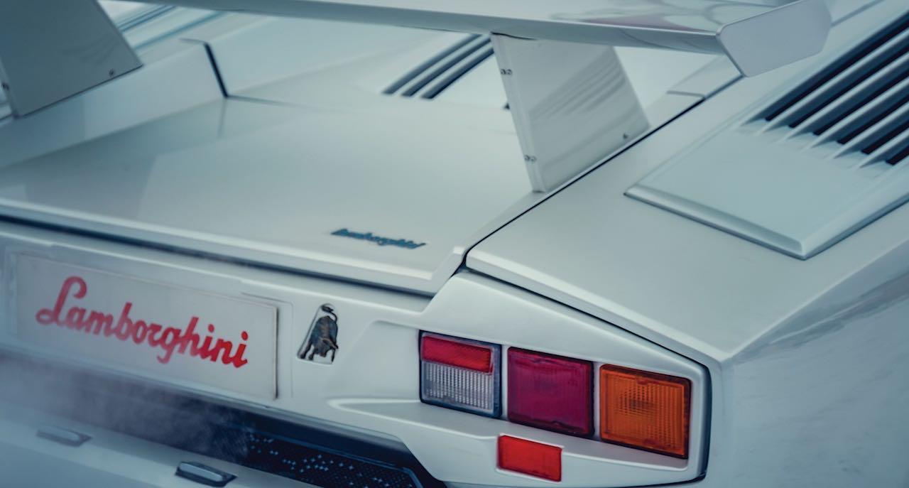 Un Lamborghini Countach 25th Anniversary - Blanche neige ! 33