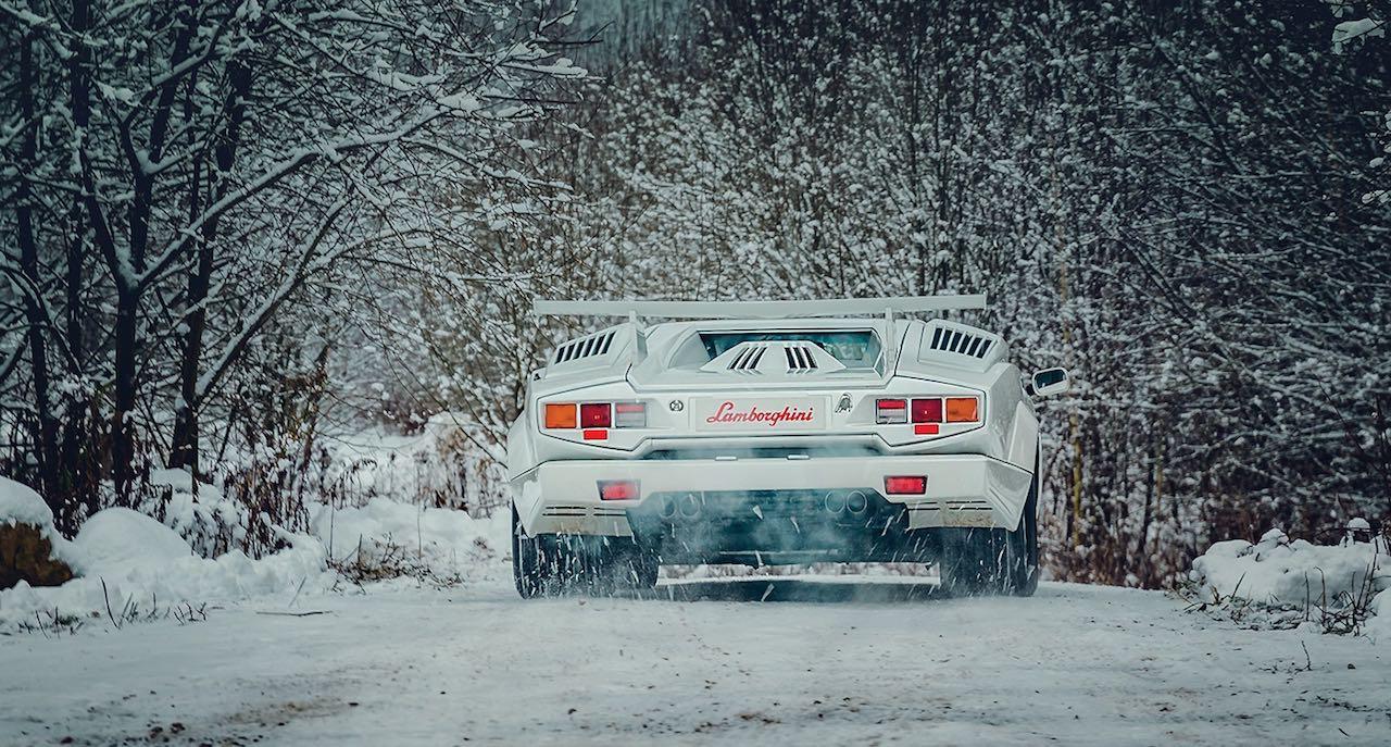 Un Lamborghini Countach 25th Anniversary - Blanche neige ! 42