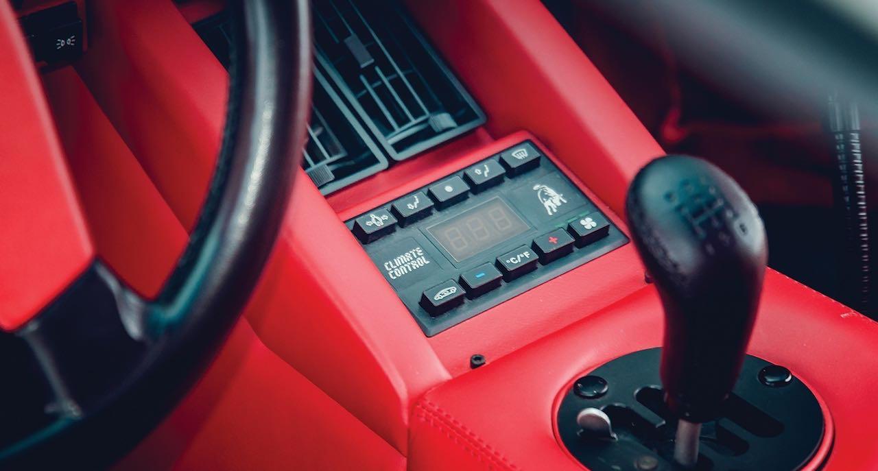 Un Lamborghini Countach 25th Anniversary - Blanche neige ! 39