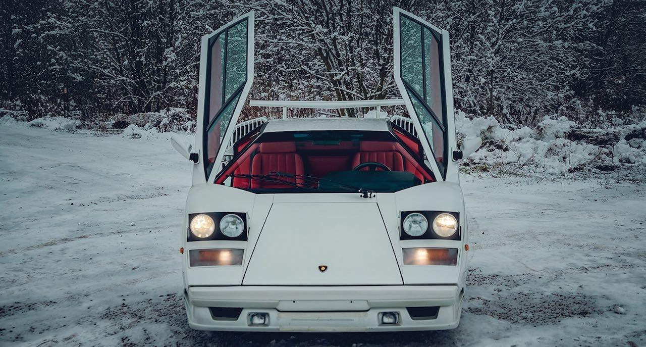 Un Lamborghini Countach 25th Anniversary - Blanche neige ! 37