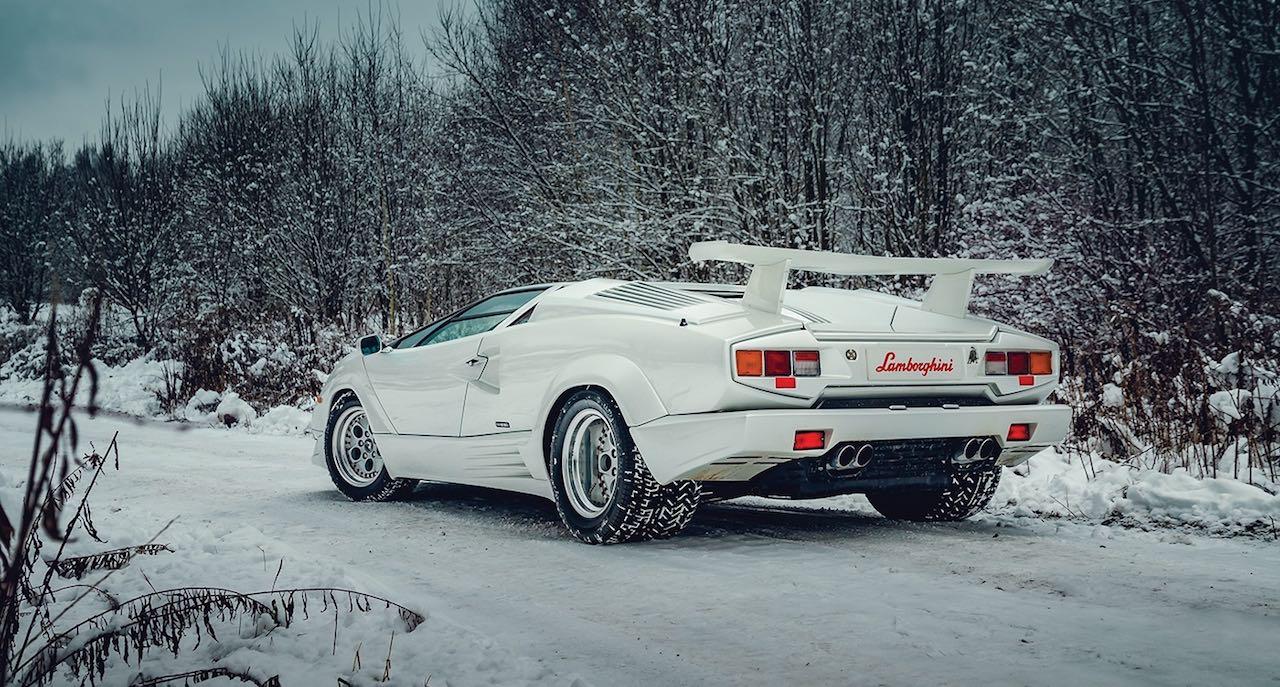 Un Lamborghini Countach 25th Anniversary - Blanche neige ! 35