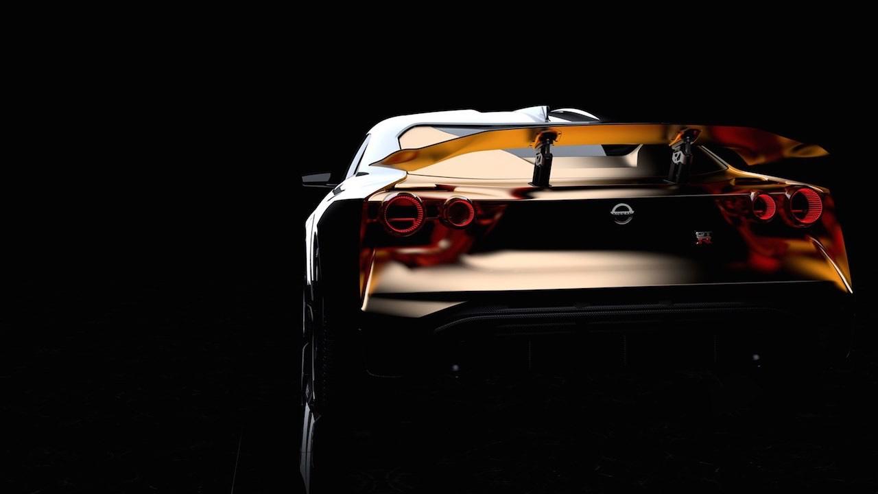 Ital Design Nissan GT-R50... Joli cadeau ! 36